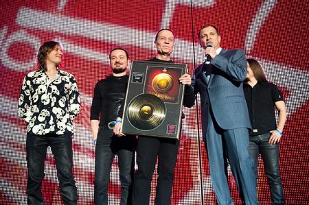 OnAir.ru - «Наше радио» раздало музыкальные награды!
