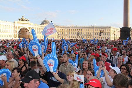 OnAir.ru - Всероссийский тур «Авторадио дарит «Машину» завершился выступлением в Санкт-Петербурге