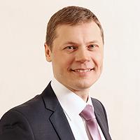 OnAir.ru - Главный редактор «Радио Шансон» Роман Шахов: «Мы стали нагляднее и ввели в эфир западный шансон!»