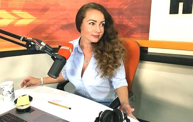 Наталья Кравченко: Прямой эфир не прощает никакого актёрства - Новости радио OnAir.ru