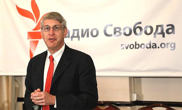 Президент Радио Свободная Европа/Радио Свобода Томас Кент покинул свой пост - Новости радио OnAir.ru