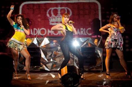 OnAir.ru - Радио Monte Carlo отметило 10-летие Красным Балом!