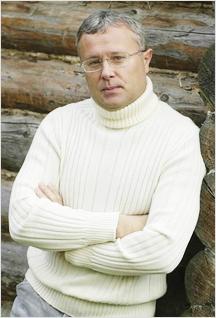 """OnAir.ru - Александр Лебедев: """"Мы не рассчитываем на быстрый коммерческий эффект """"Нового радио"""""""